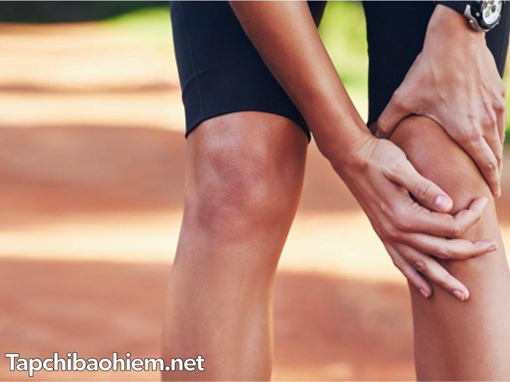 Tại sao mùa hè vẫn bị đau khớp gối? nguyên nhân và cách điều trị